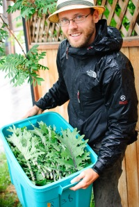 Curtis Stone with Garden Bounty